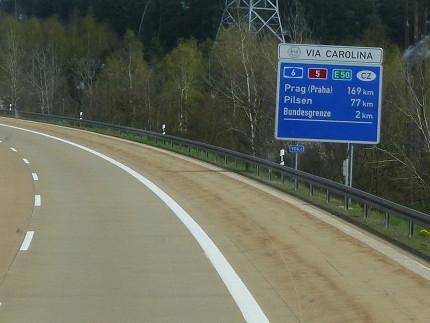 ニュルンベルク、チェコ、プラハ、高速バス、移動 (8).jpg