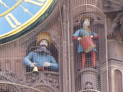 ニュルンベルク、フラウエン教会、観光、中央広場、仕掛け時計 (2).jpg