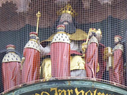 ニュルンベルク、フラウエン教会、観光、中央広場、仕掛け時計 (4).jpg