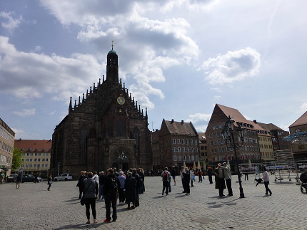 ニュルンベルク、フラウエン教会、観光、中央広場、仕掛け時計 (8).jpg