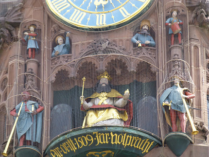 ニュルンベルク、フラウエン教会、観光、中央広場、仕掛け時計 (9).jpg