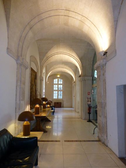 ホテル クロワトル サン ルイ (Hotel Cloitre Saint Louis (4).jpg