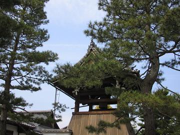 京都・妙心寺、鐘楼