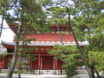 京都・妙心寺、三門